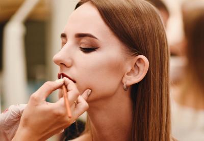 Особенности и стили дневного макияжа