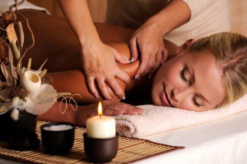 Thai herbal facial massage at DIVA SPA